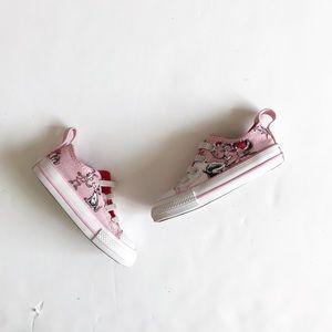Converse pink Cindy-Lou slip on sneaker EUC size 5